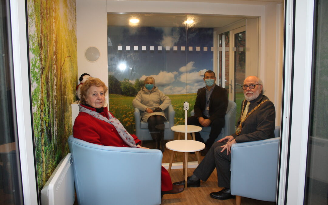 Visitor Pod Reunites Families Safely This Christmas